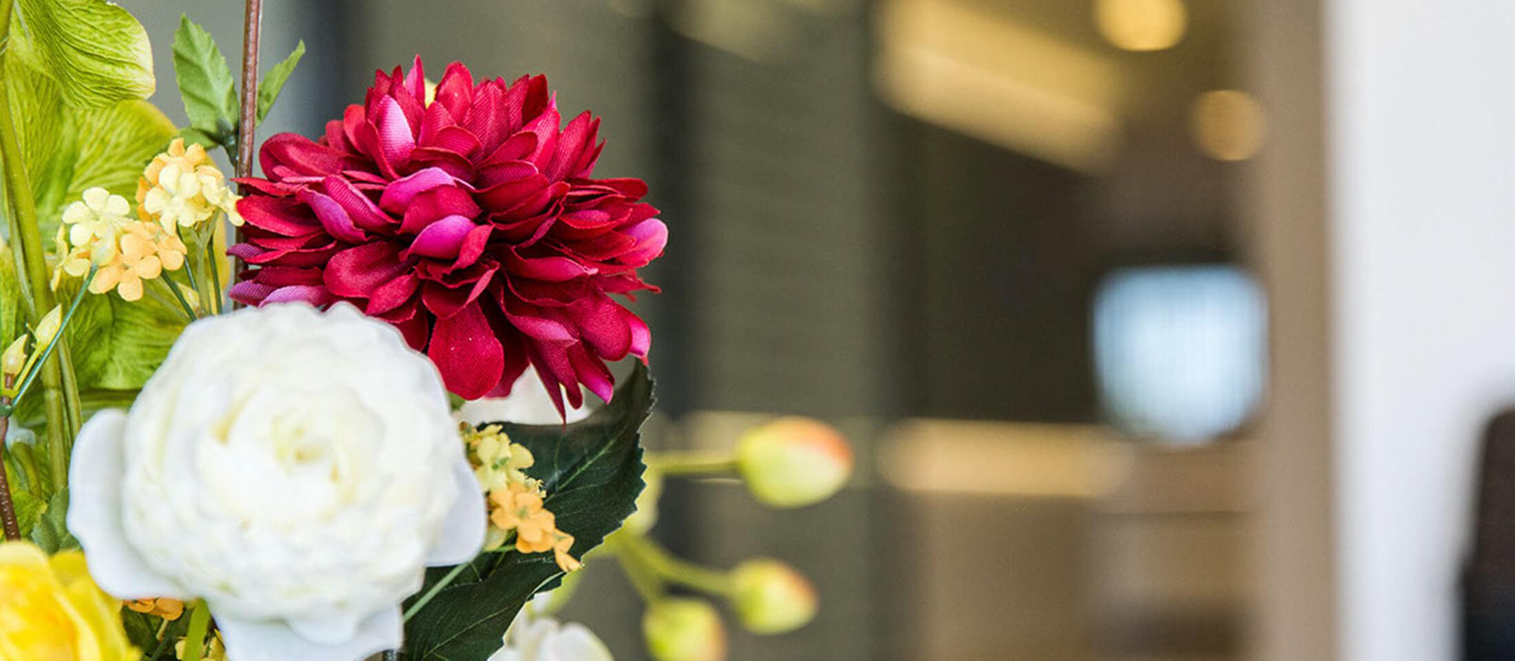 parousiasi-kentrou-flower-slider